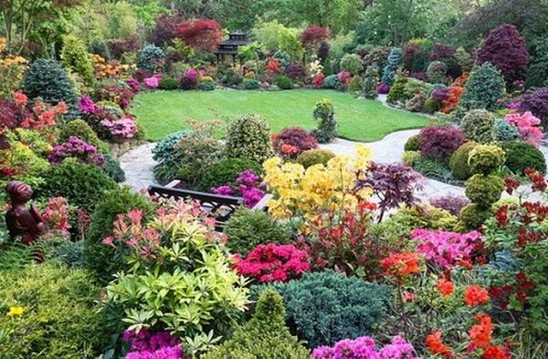 Красивый сад