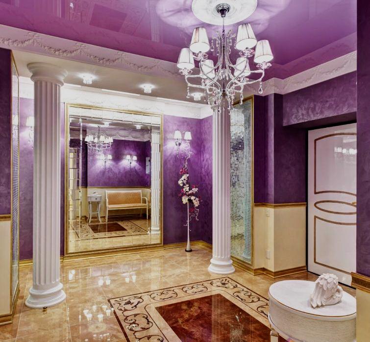Дизайн интерьера прихожей в фиолетовых цветах