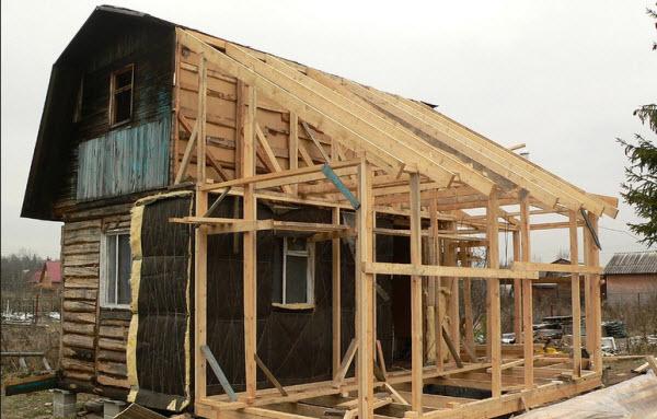 фото веранды, размещенной с домом под одной крышей