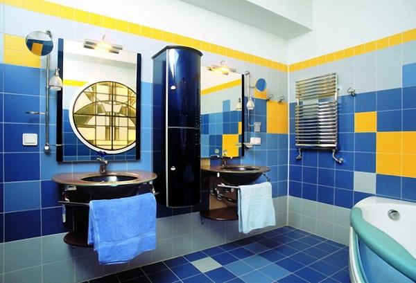 Дизайн интерьера ванной комнаты в синих тонах