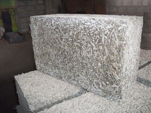 Строительный блок из деревобетона
