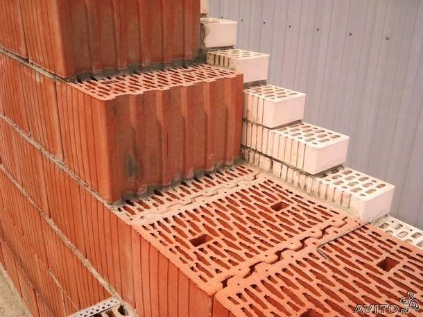 Кладка поризованных блоков