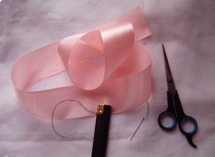 способ изготовления розы из ленты