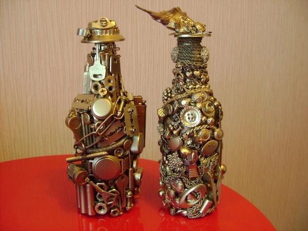Декорирование бутылок подручными материалами