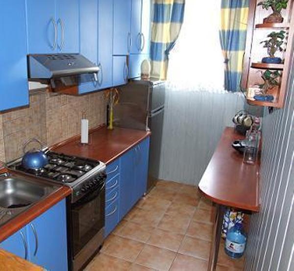 Дизайн узких кухонь фото