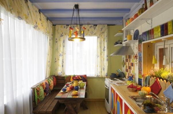 средиземноморский стиль штор на кухню 2016