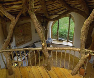 хорошее оформление необычного дома